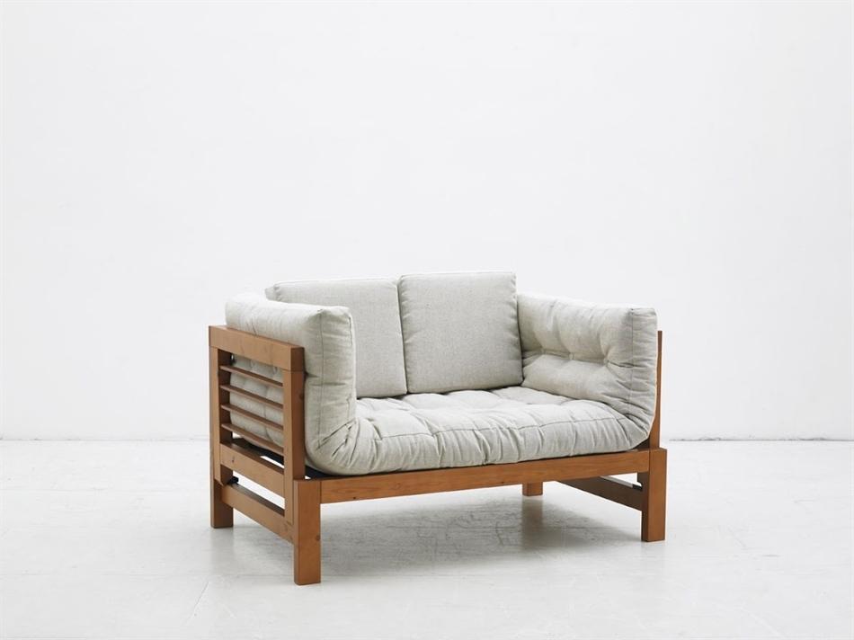 Divano letto futon eiko two vivere zen for Divano letto futon