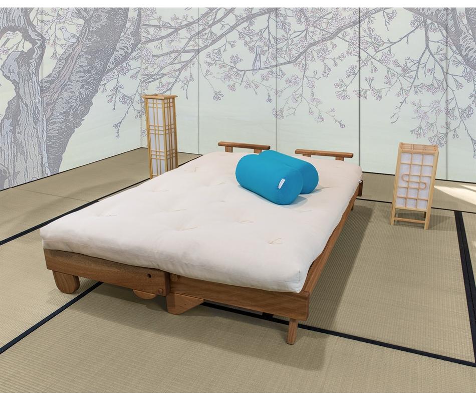 Divano letto in legno artigianale con futon salice vivere zen - Divano letto futon ...