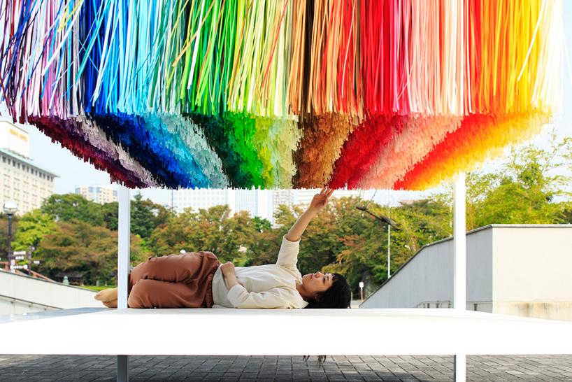 emmanuella-moureaux-100-colors-no-9-3.3m-installation-tokyo-designboom-05