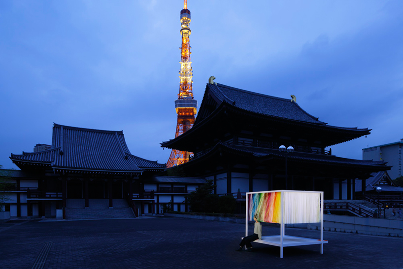 emmanuella-moureaux-100-colors-no-9-3.3m-installation-tokyo-designboom-10