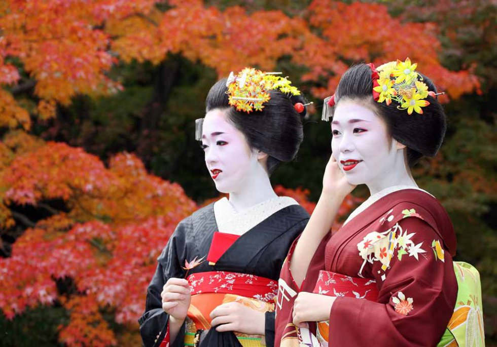 Japan-lifestyle-geisha-011_m