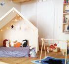 Camera con lettino montessoriano