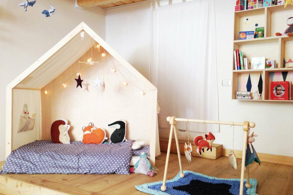 La pedagogia di montessori crescere a partire dal letto vivere zen - Letto con sbarre per bambini ...