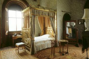 Camere Da Letto Medievali : Dalla pietra al legno il letto attraverso i secoli vivere zen