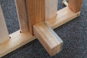 Letto in legno massello di faggio